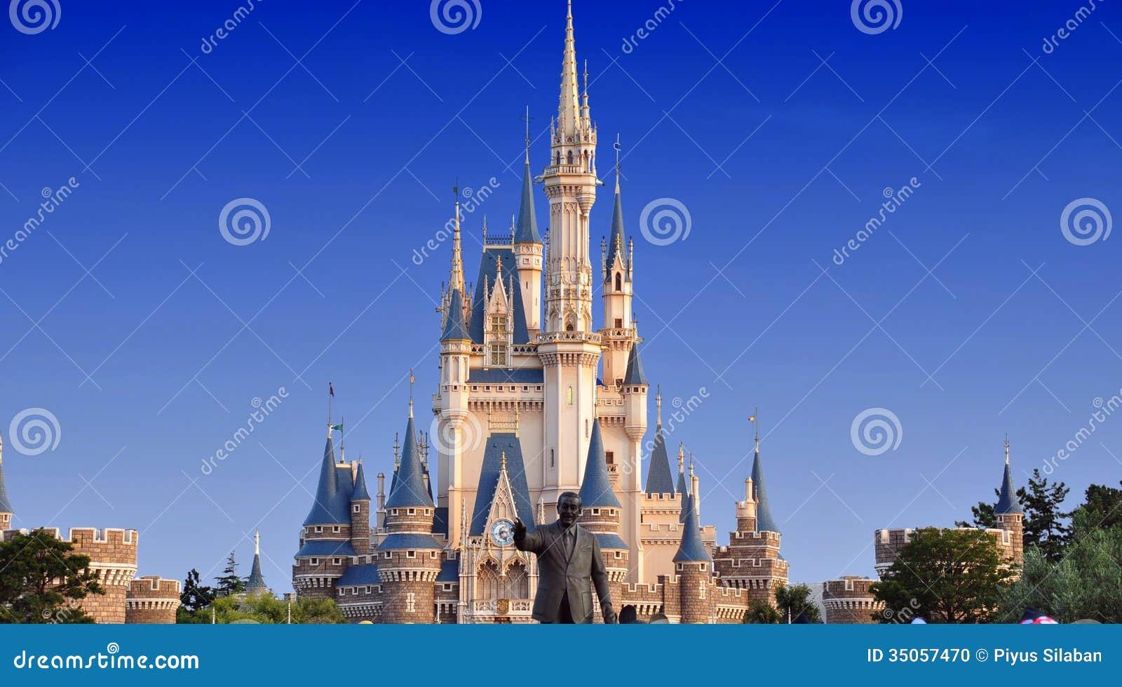 Tokyo Disneyland slott