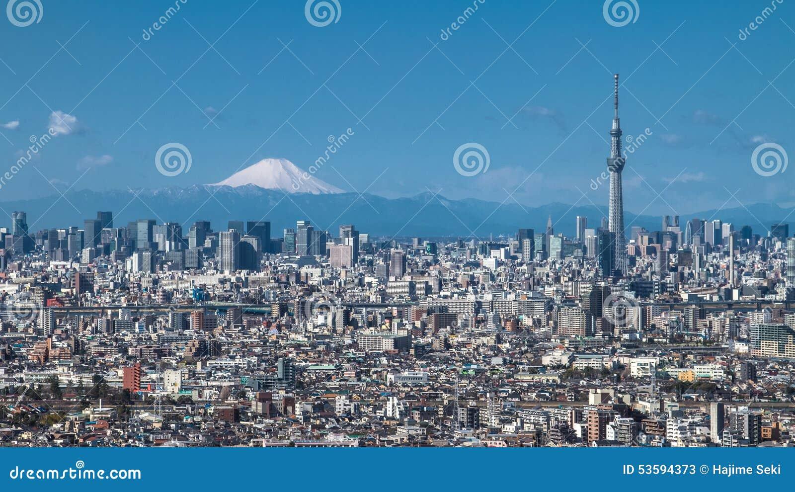 Tokyo Skytree et Mt Fuji