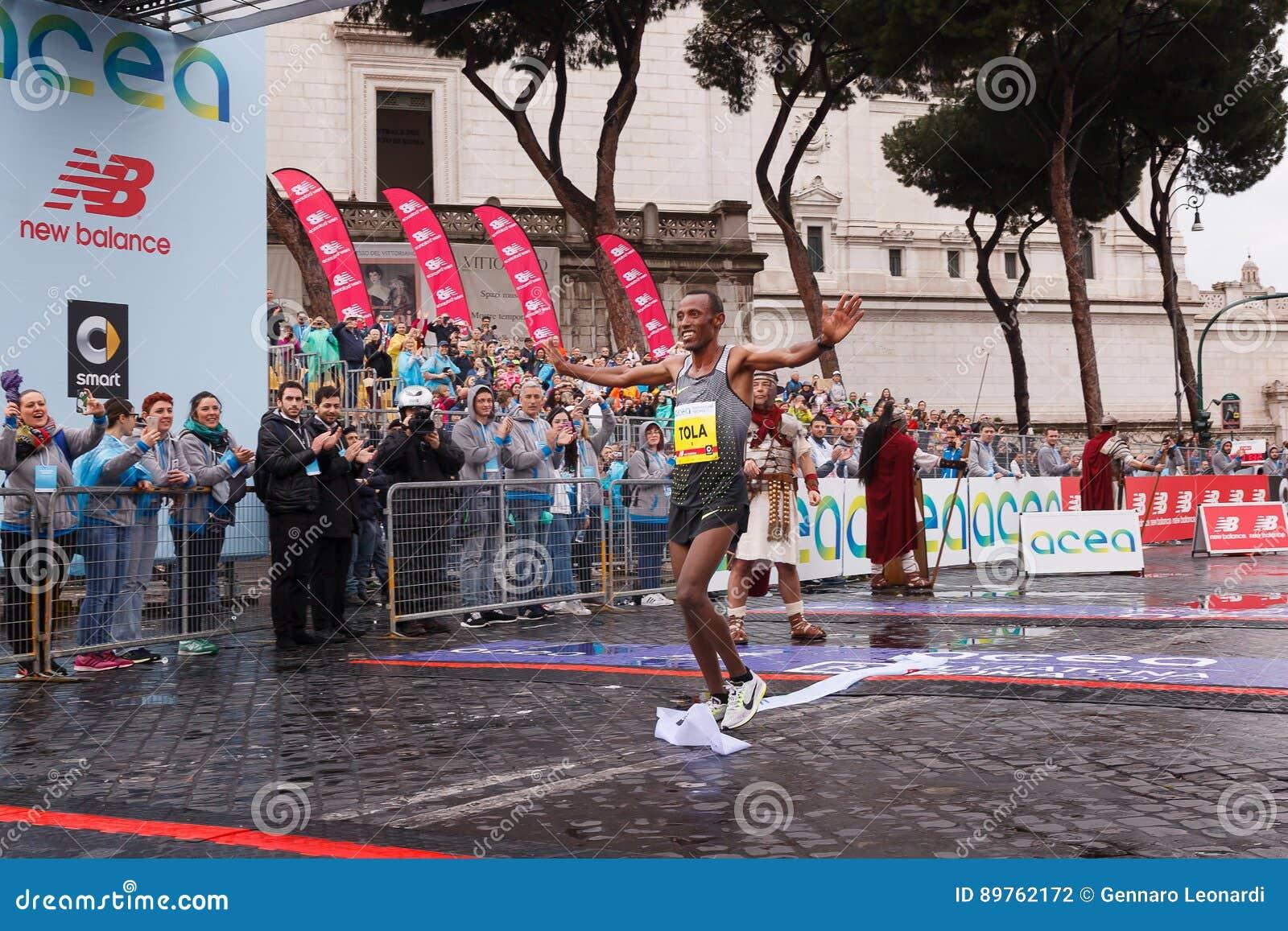 Tola Shura Kitata Wins The 23rd Marathon In Rome Editorial ...