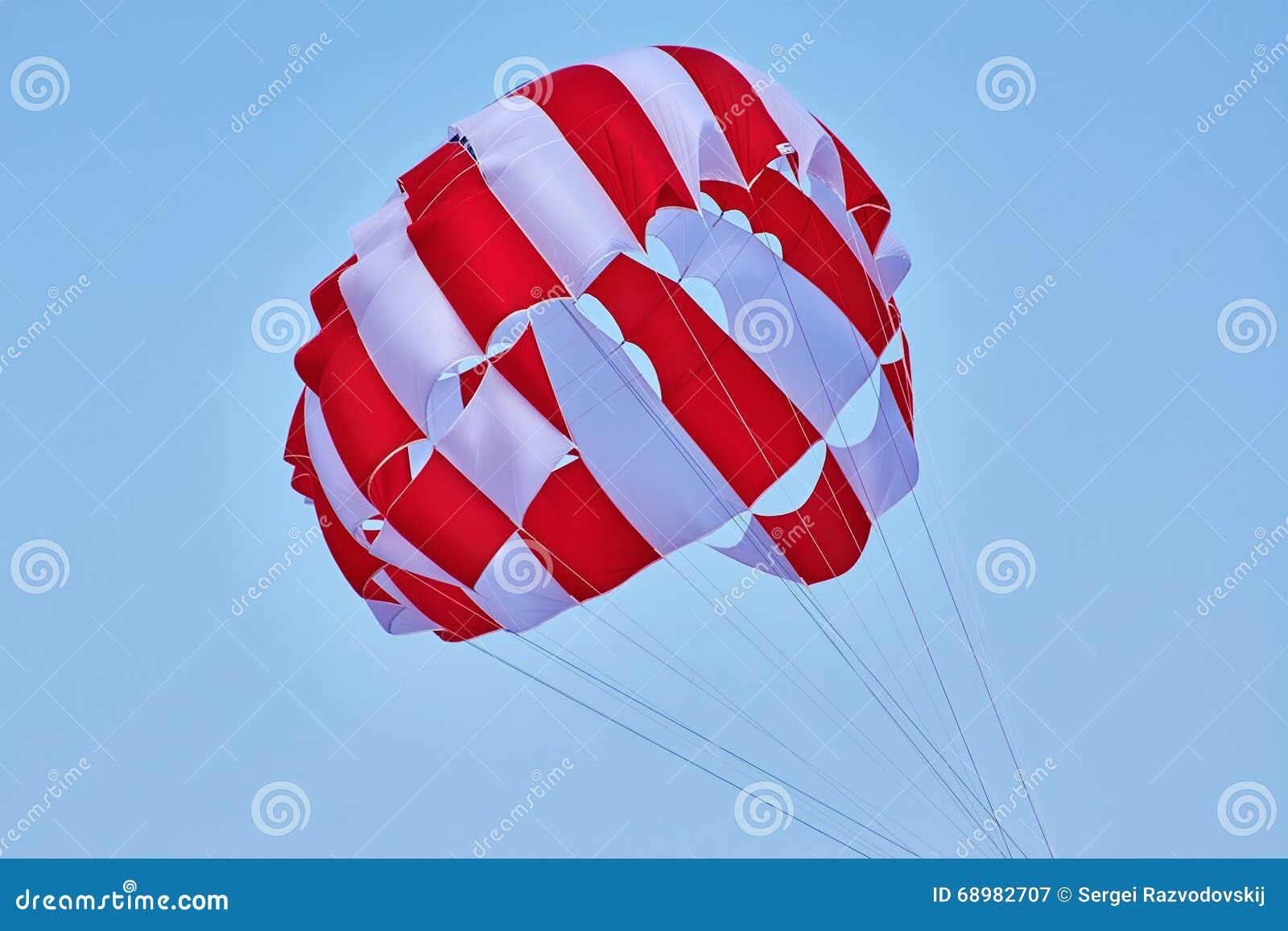Toldo de un paracaídas