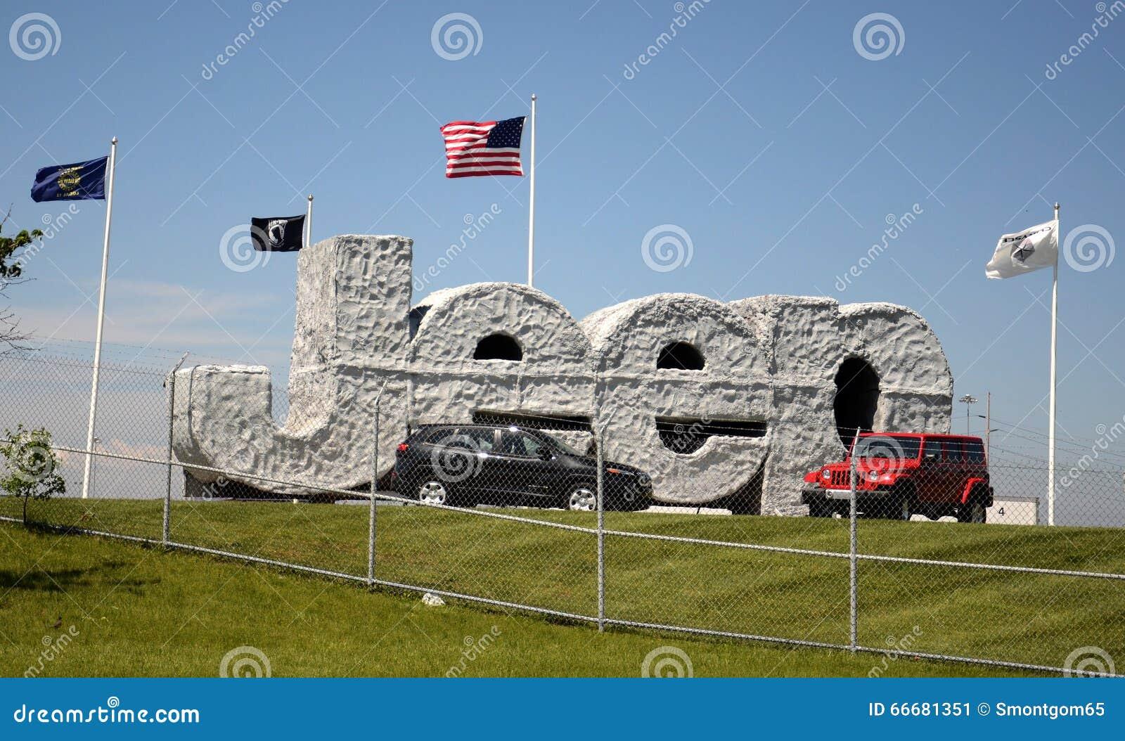 toledo chrysler assembly plant jeep sgn editorial photo image 66681351. Black Bedroom Furniture Sets. Home Design Ideas