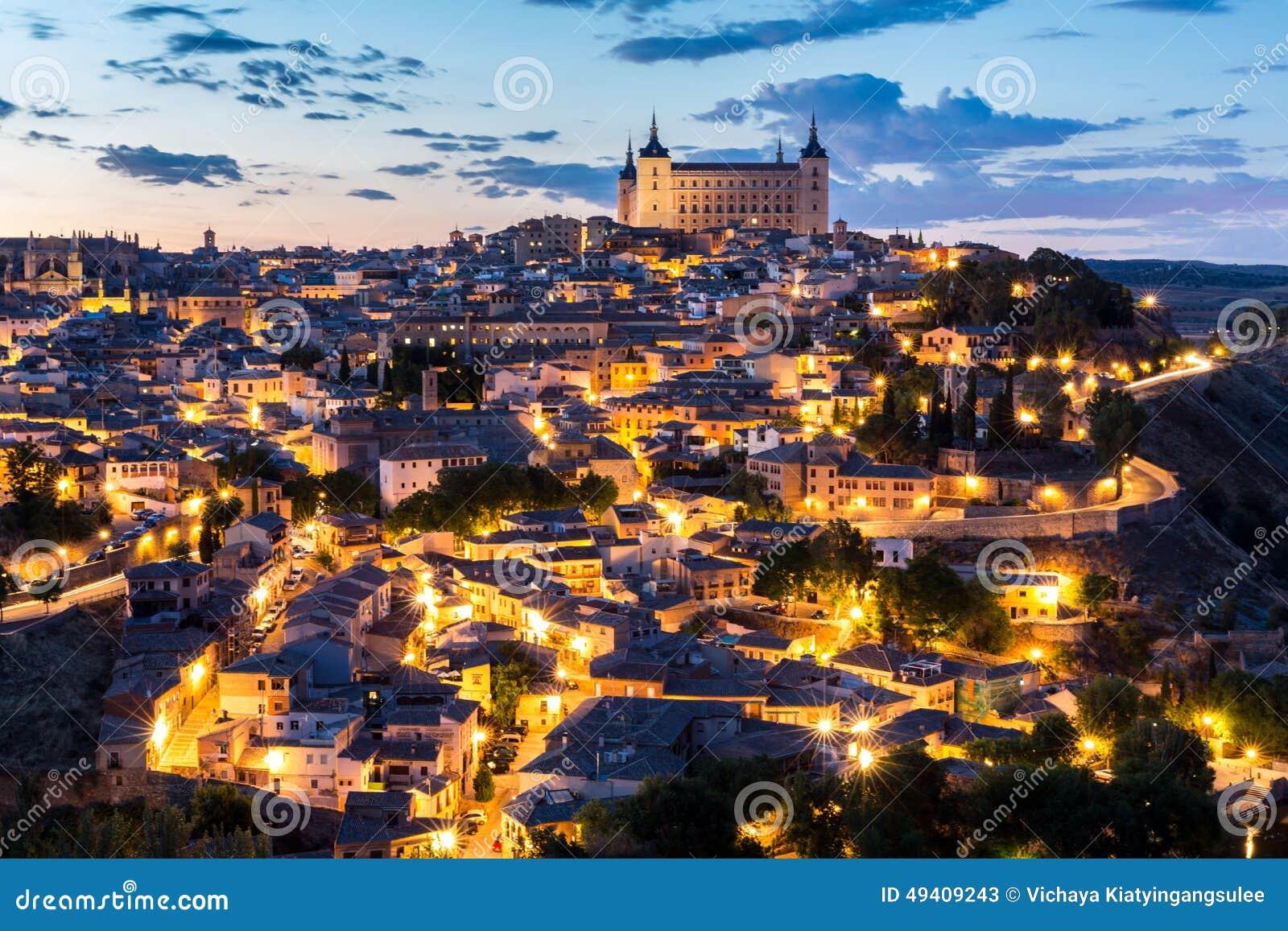 Download Toledo An Der Dämmerung Spanien Stockbild - Bild von outdoor, nave: 49409243