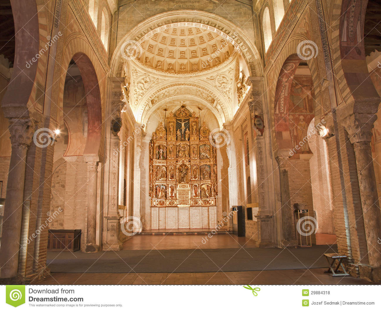 Toledo nave and altar of san roman church stock photo image 29884318 - Banos mudejar toledo ...