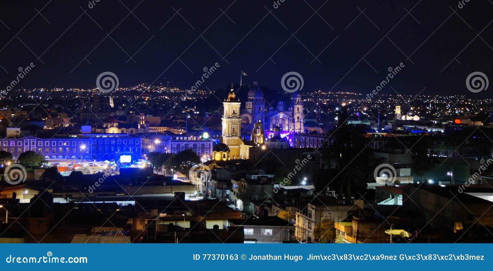 Toluca México do centro na noite