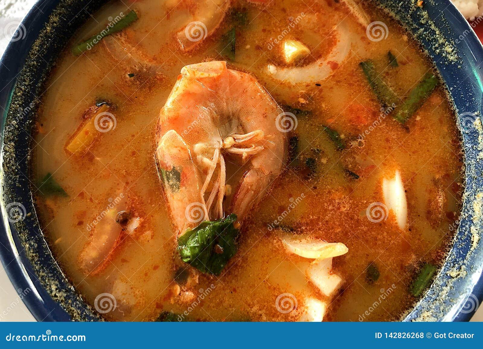 Tom Goong Korzenny Kwaśny Zupny odgórny widok Yum Tajlandzki lokalny jedzenie