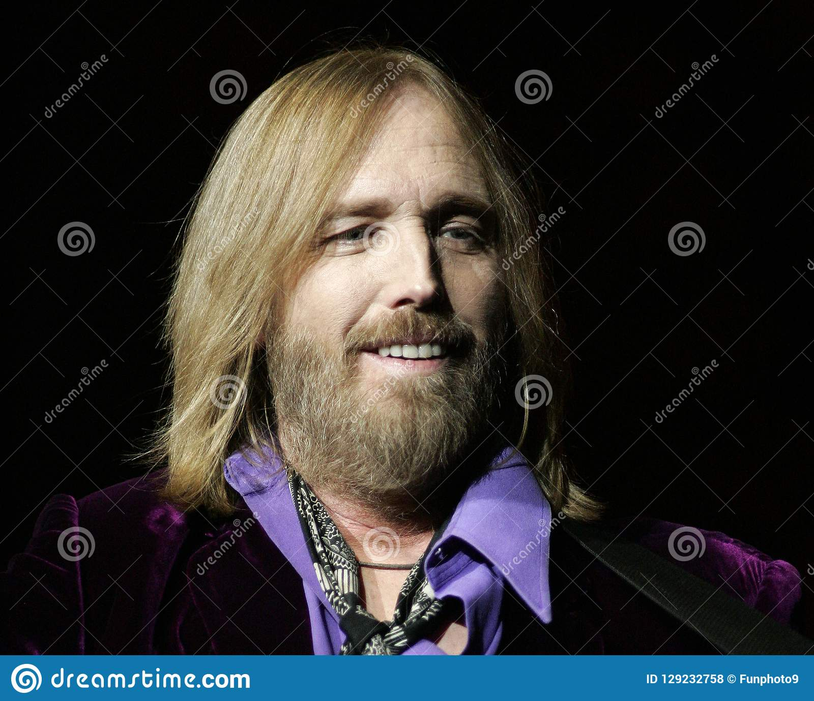 Tom Petty Performs i konsert