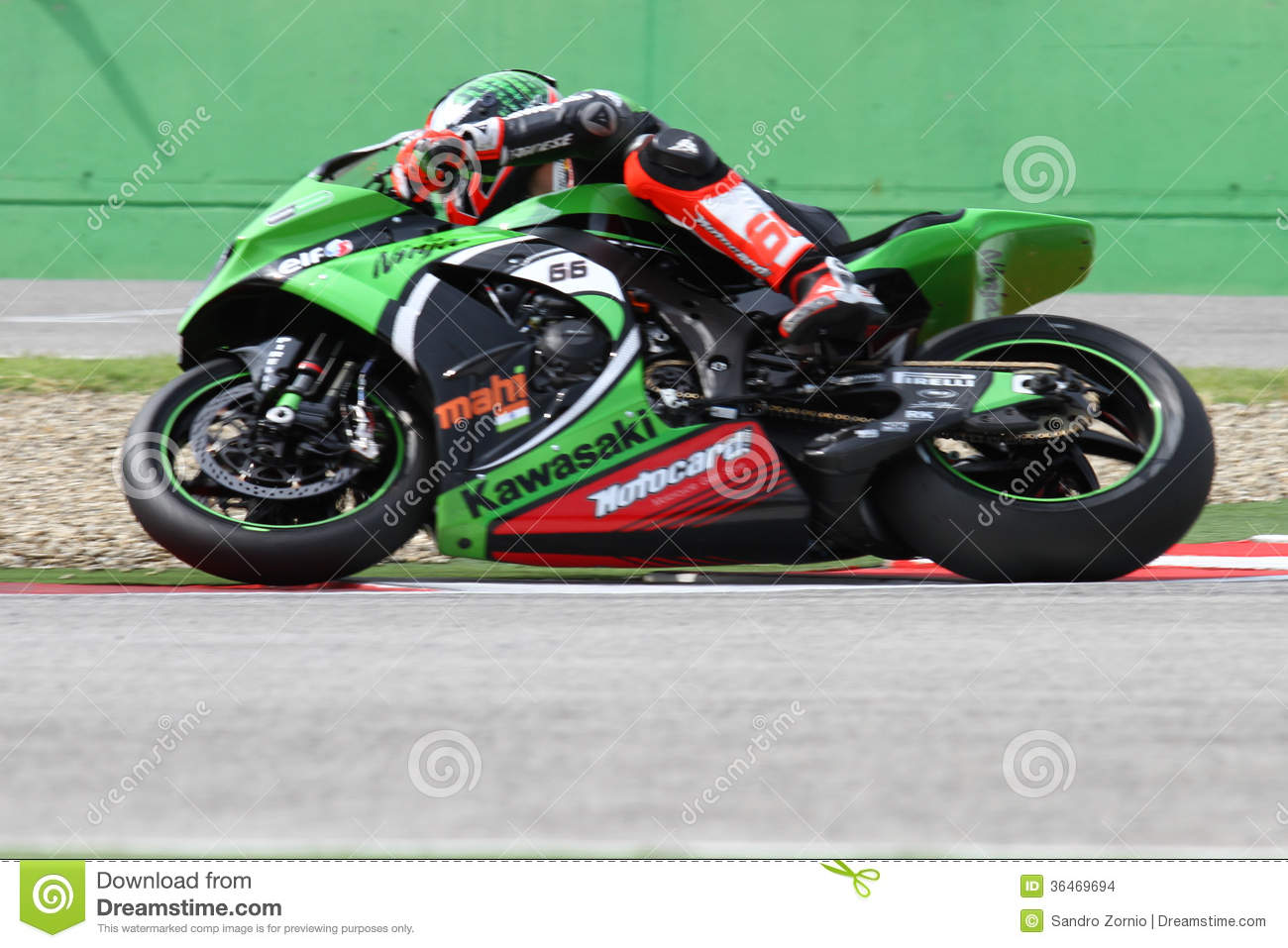 Tom Sykes #66 on Kawasaki ZX-10R Kawasaki Racing Team Superbike WSBK