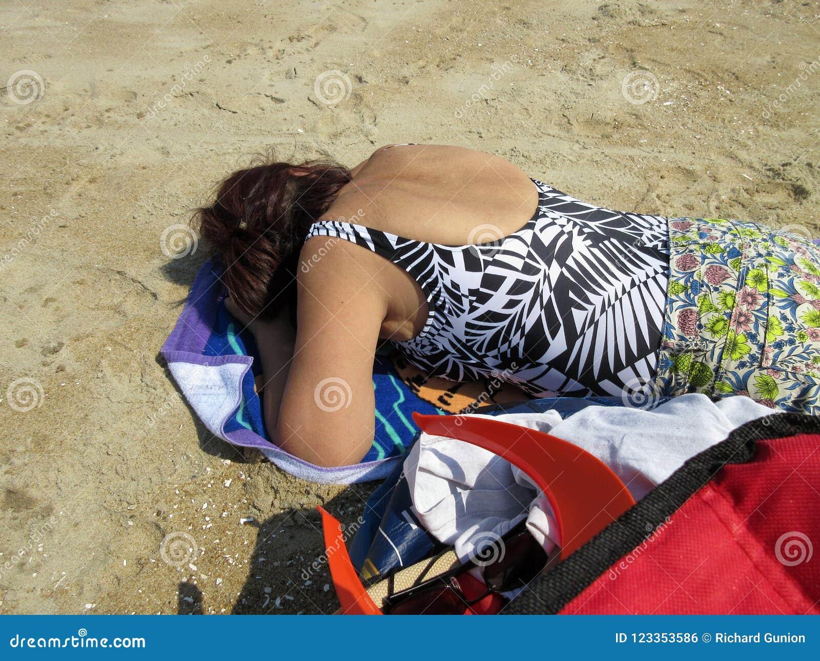 Tomar una siesta en el verano Sun
