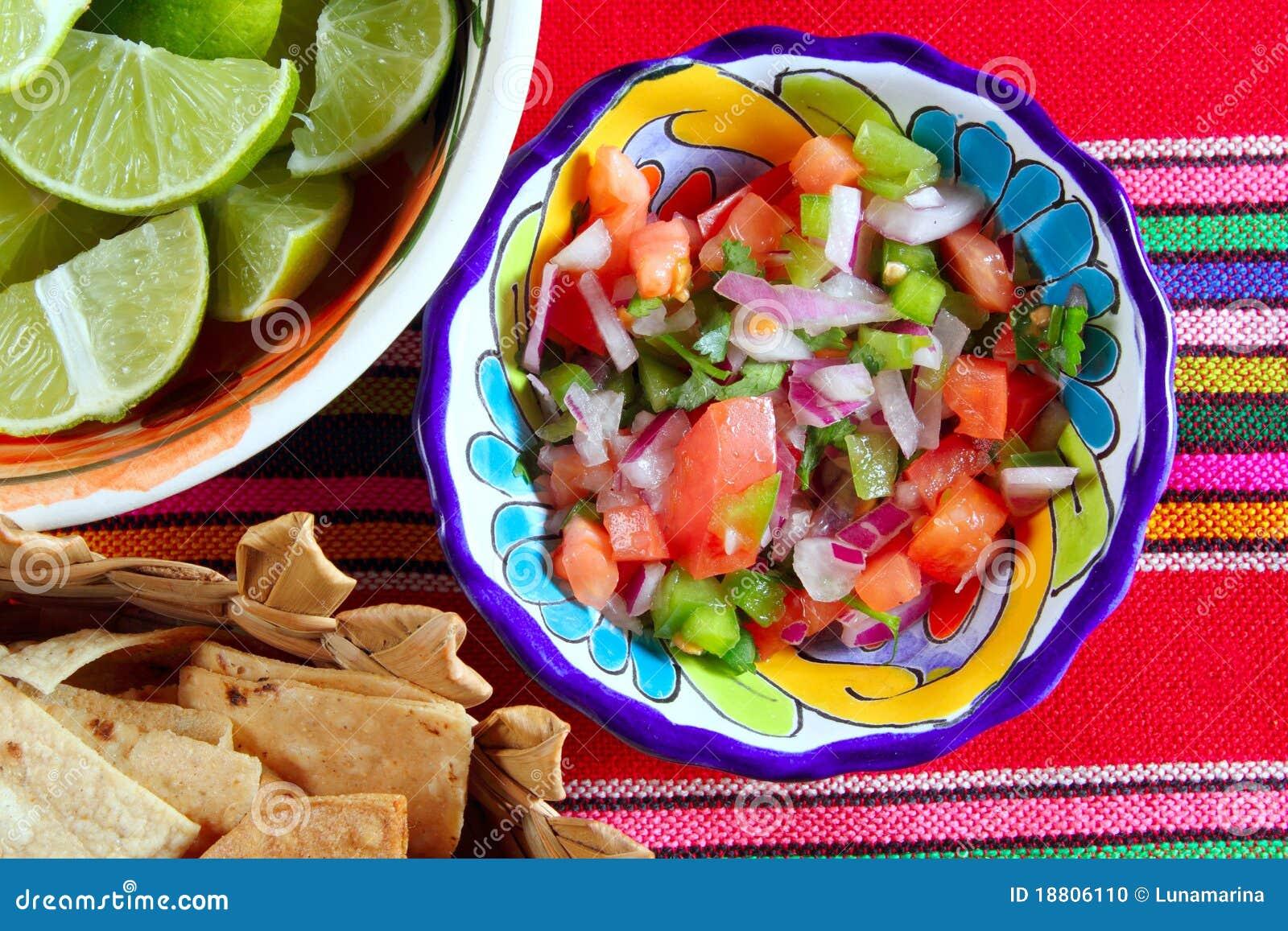 Tomate de Pico de Gallo e molho mexicano do pimentão