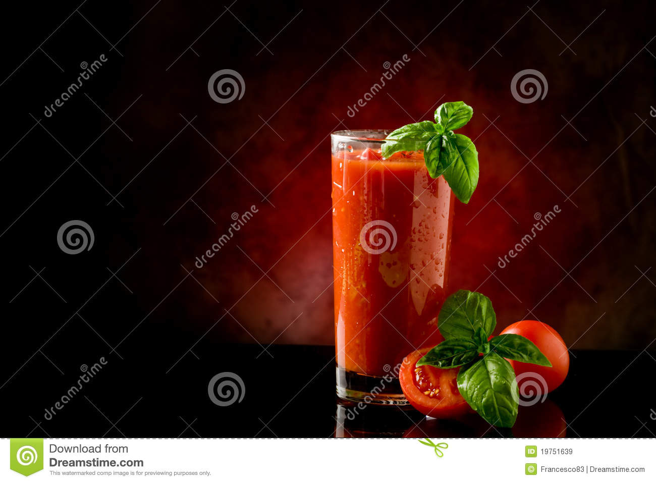 Tomate-Saft-Bloody- Marycocktail