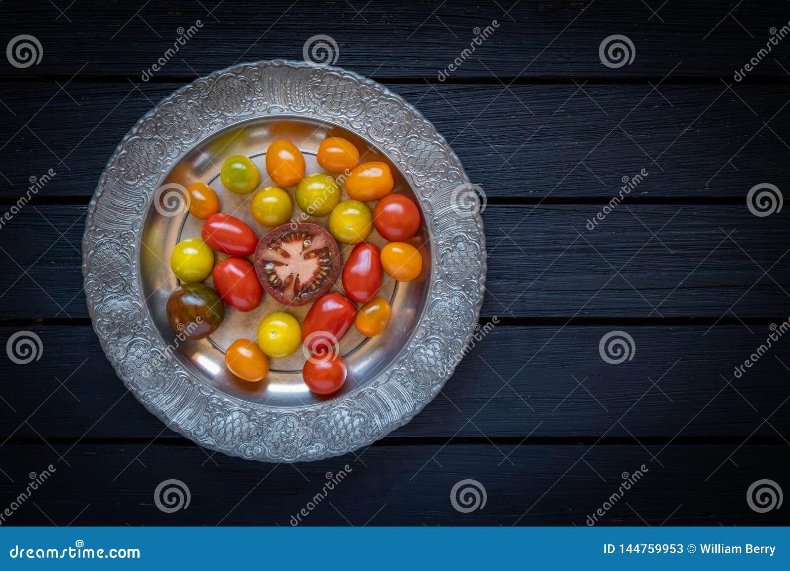 Tomates coloridos da heran?a