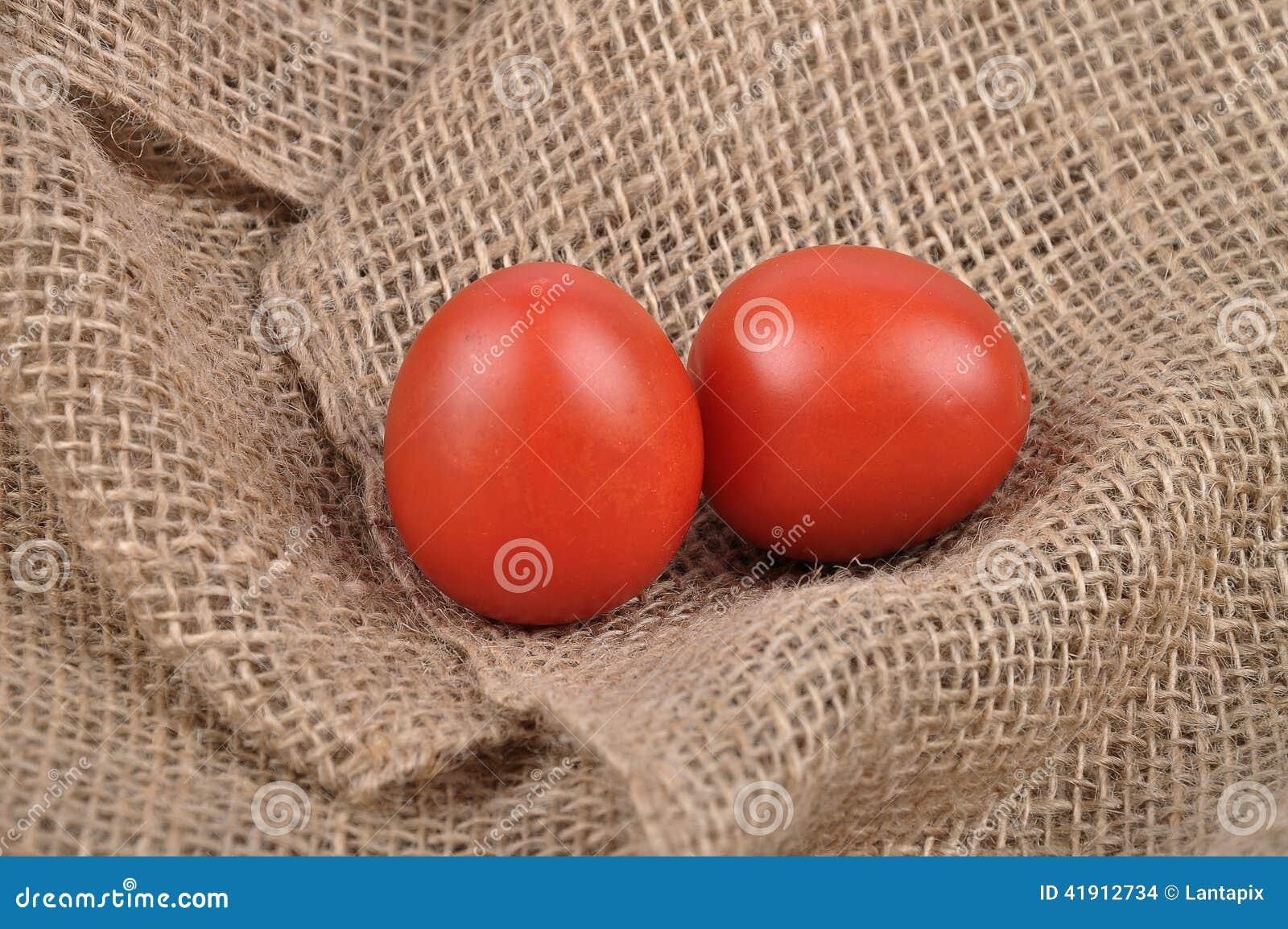 Tomates en yute