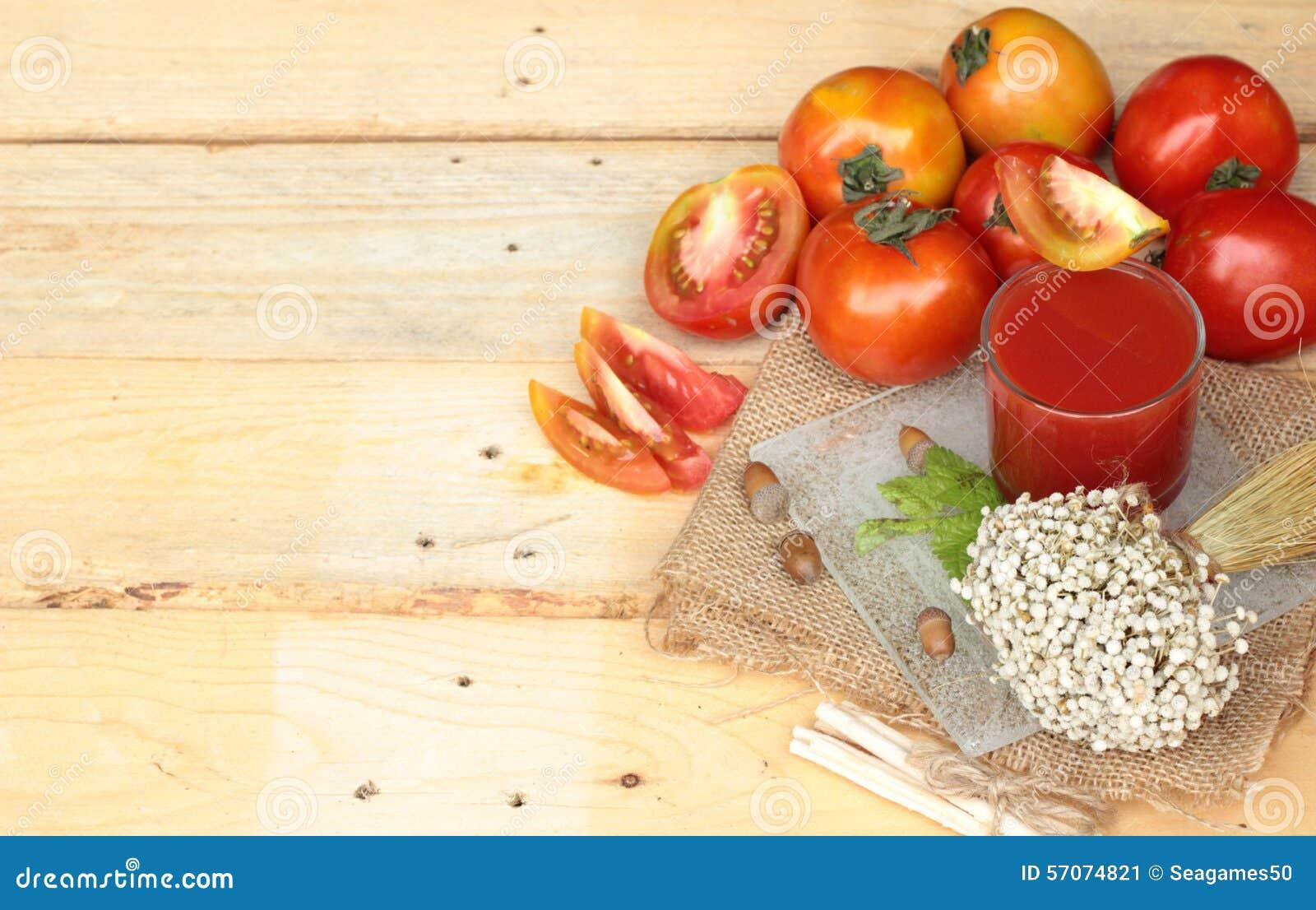 Tomatesap en Verse Tomaten