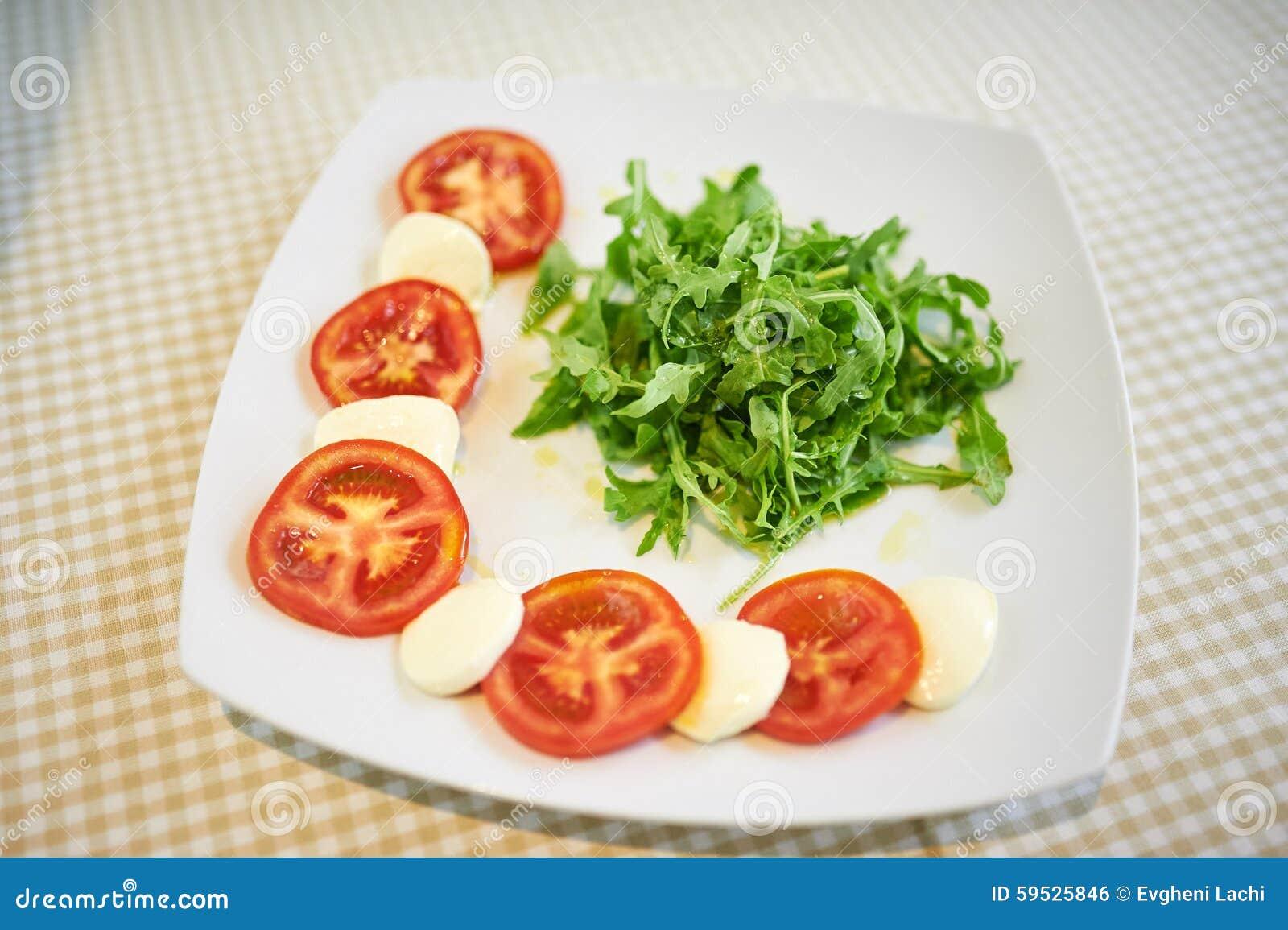 Tomato, Mozzarella and Arugula Salad recommendations