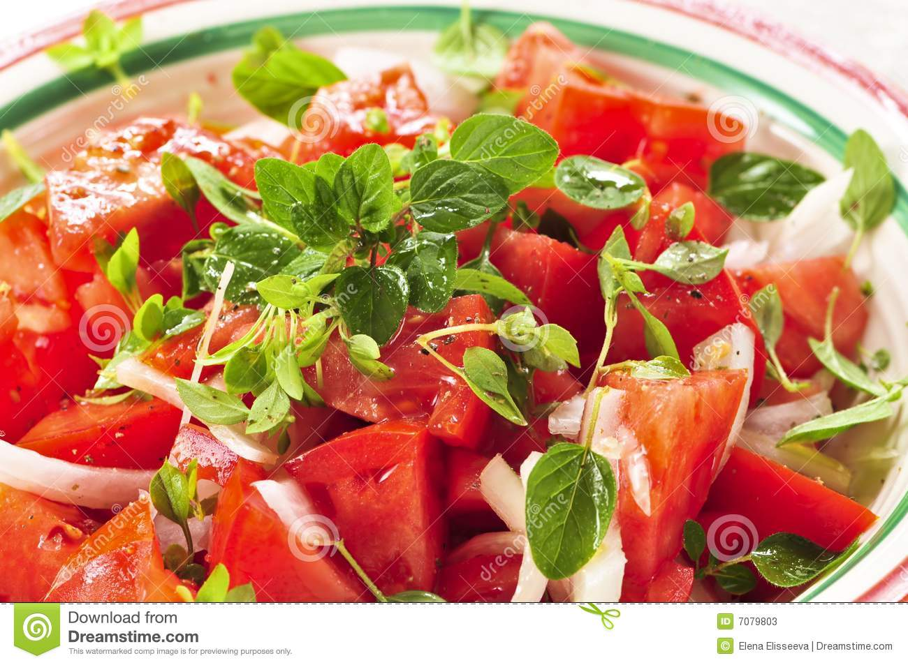 how to cut a roma tomato for salad