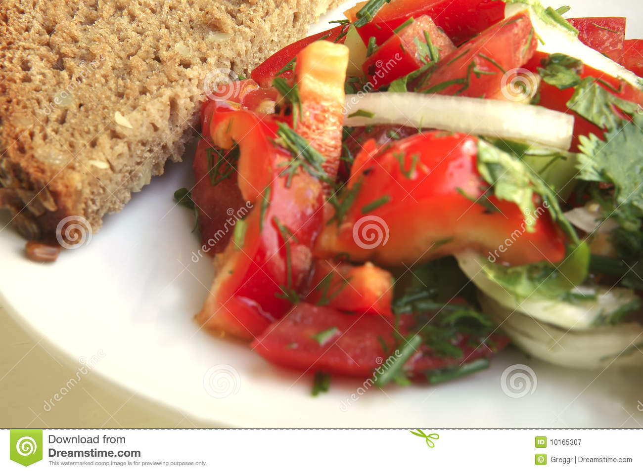 Tomato salad and rye bread