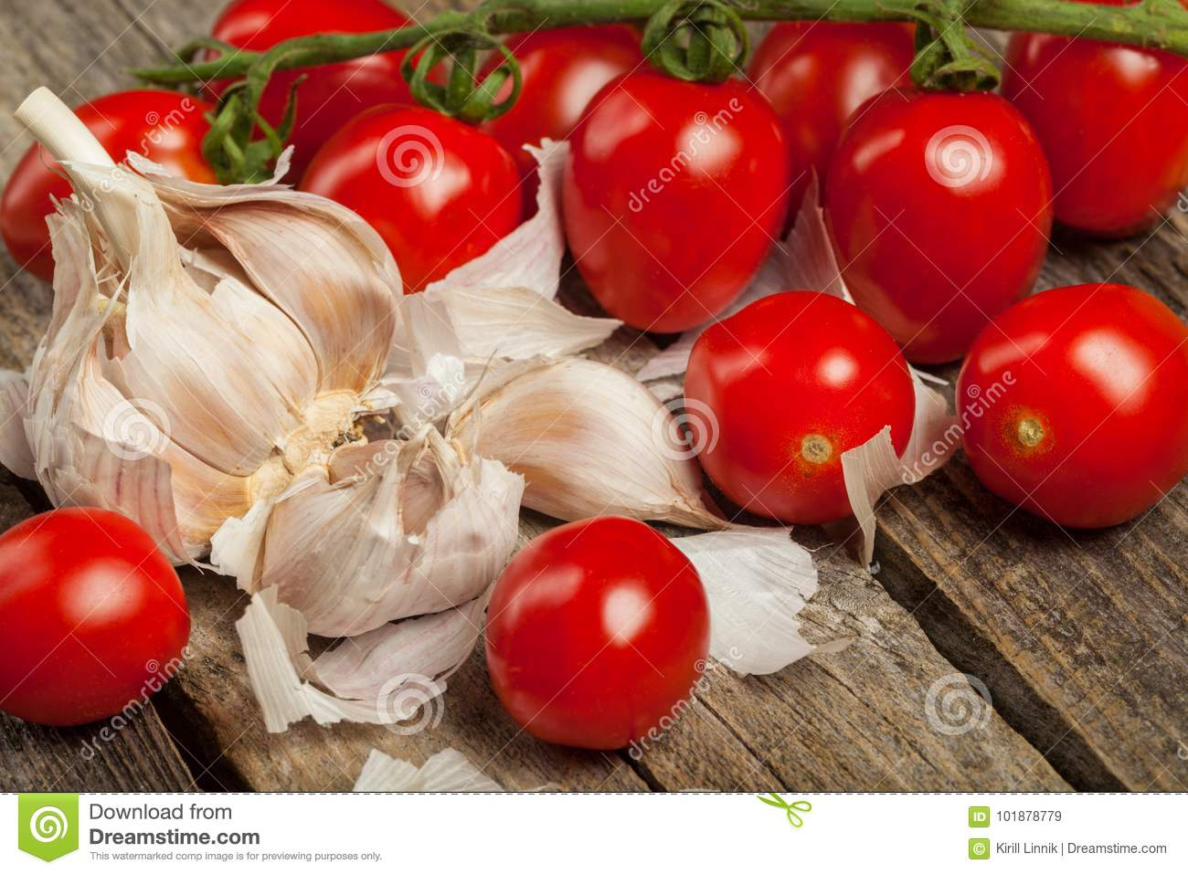 Download Tomatoes and garlic stock image. Image of clove, freshness - 101878779