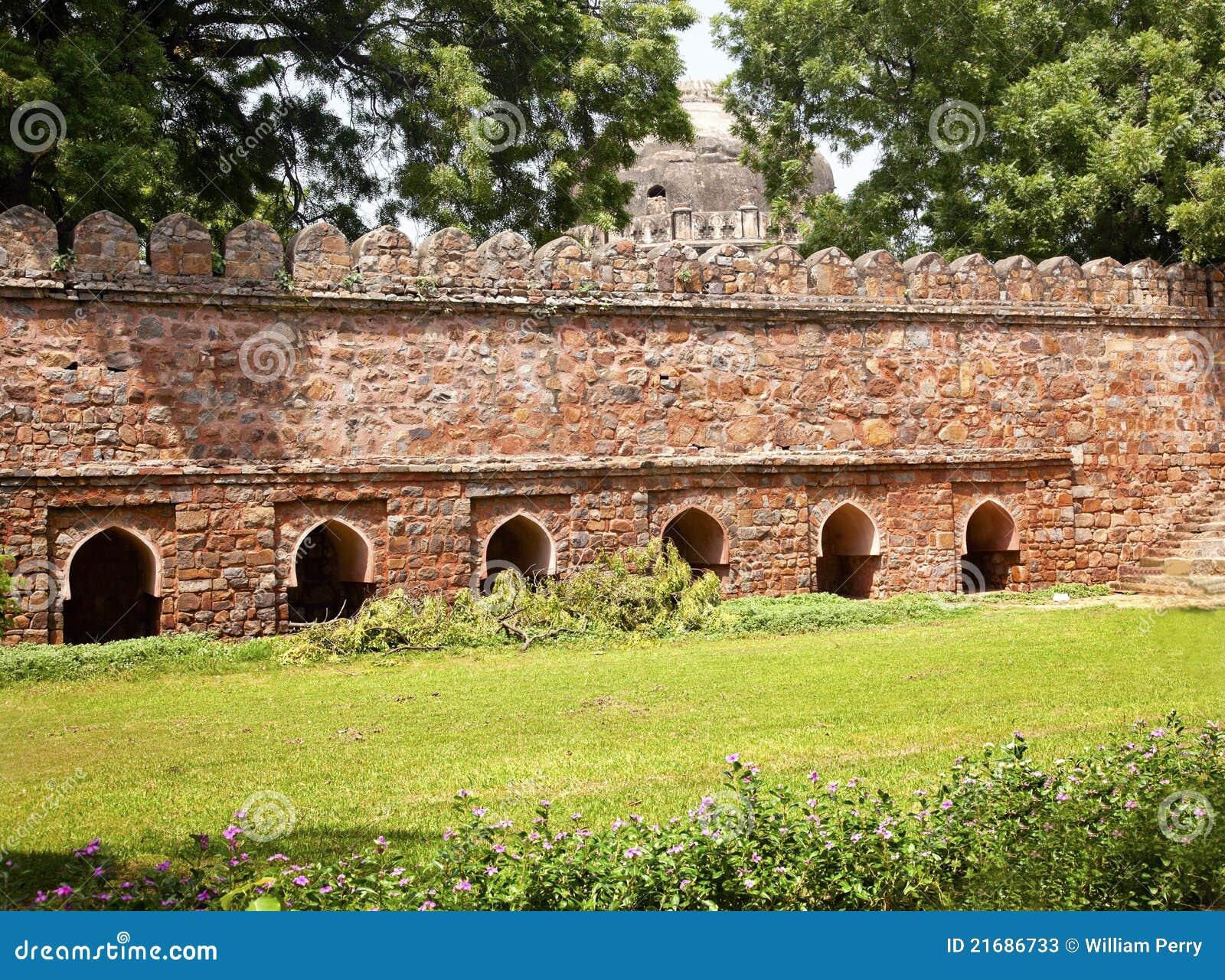 Tomb för sten för nya ramparts för delhi india lodi sikandar