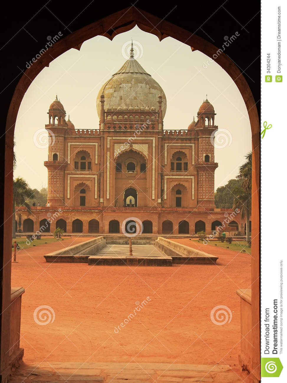 Tomb Of Safdarjung, New Delhi, India Stock Images - Image ...