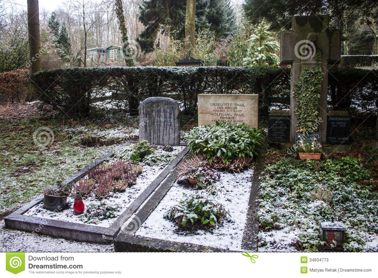 - tomb-wolfgang-paul-bonn-germany-feb-poppelsdorf-cemetery-feb-bonn-germany-was-german-physicist-34834773