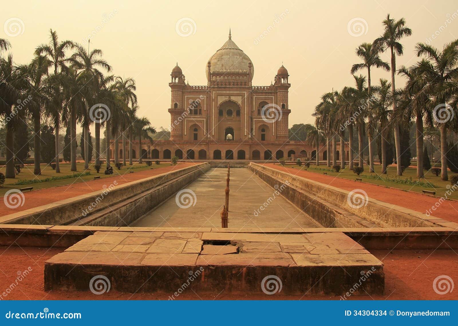 Tomba di Safdarjung, Nuova Delhi