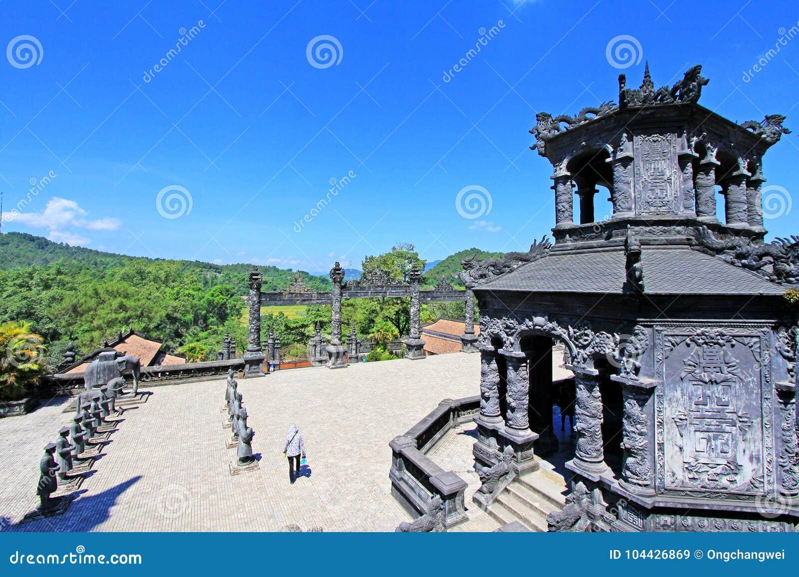 Tomba imperiale di Khai Dinh, sito del patrimonio mondiale dell Unesco di Hue Vietnam