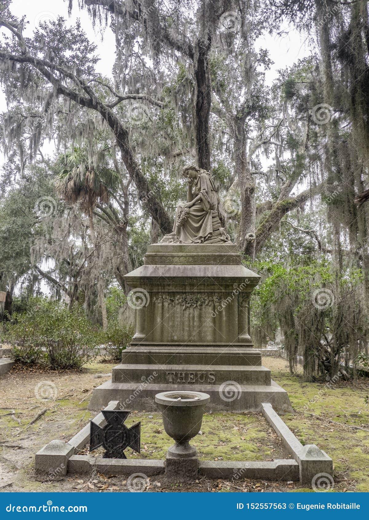 Tombstone in the Bonaventure Cemetery