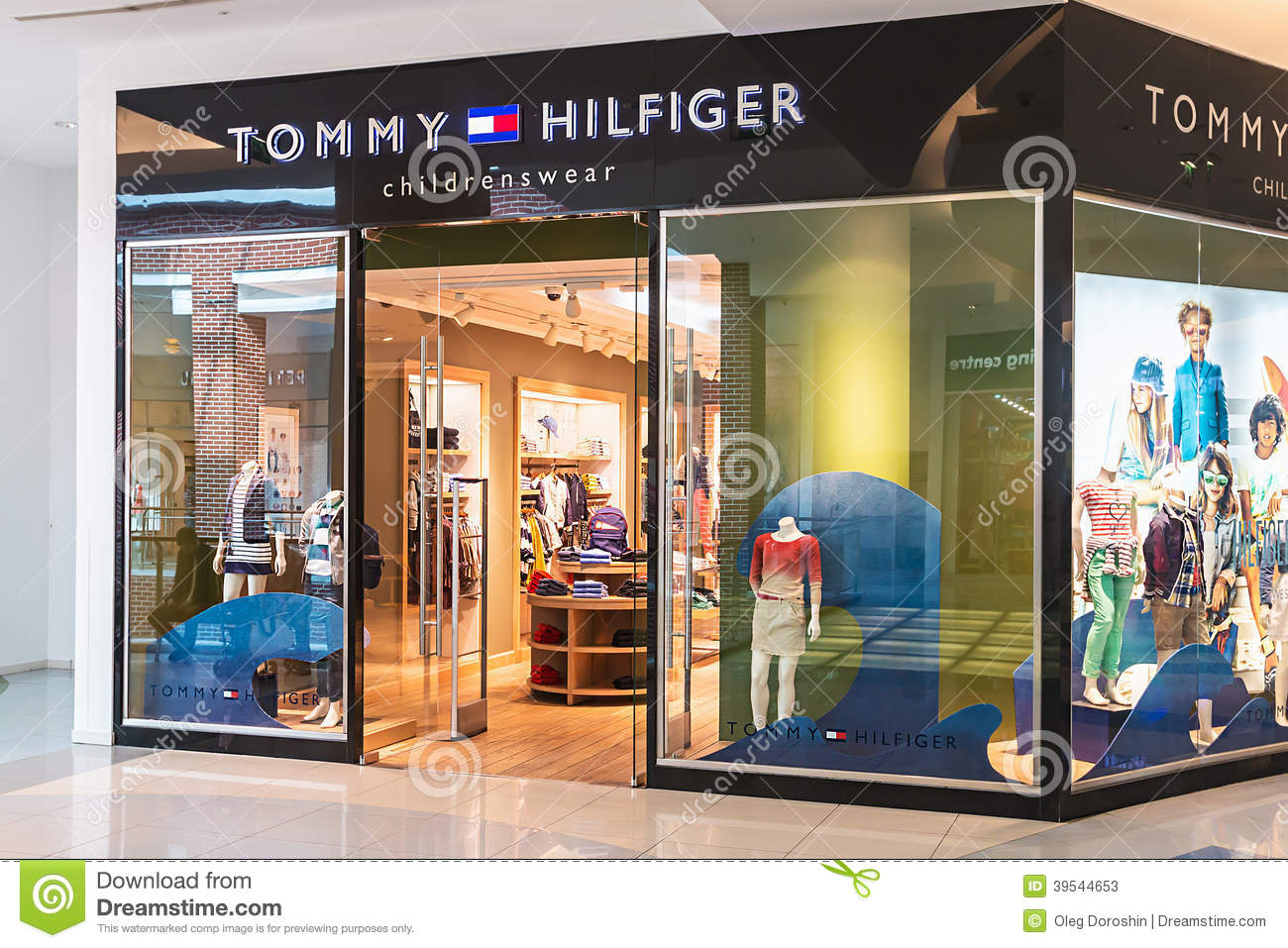 Tommy Hilfiger Children s Store In The Mall Metropolis Editorial ... e5b5f638f49