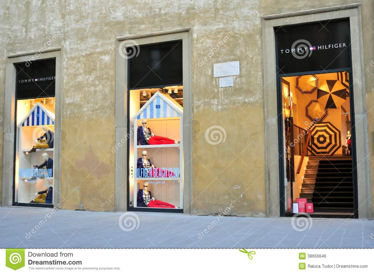 9f8cb96baef392 Tommy Hilfiger Clothing Store In Florence