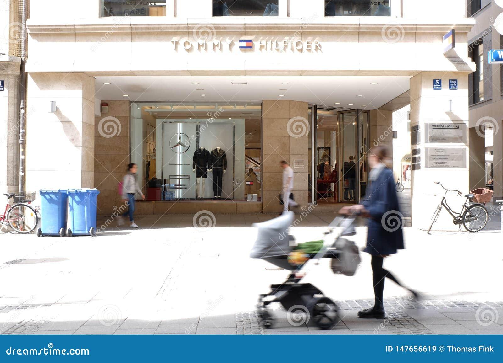 Tommy Hilfiger Shop A Monaco Di Baviera Immagine Stock