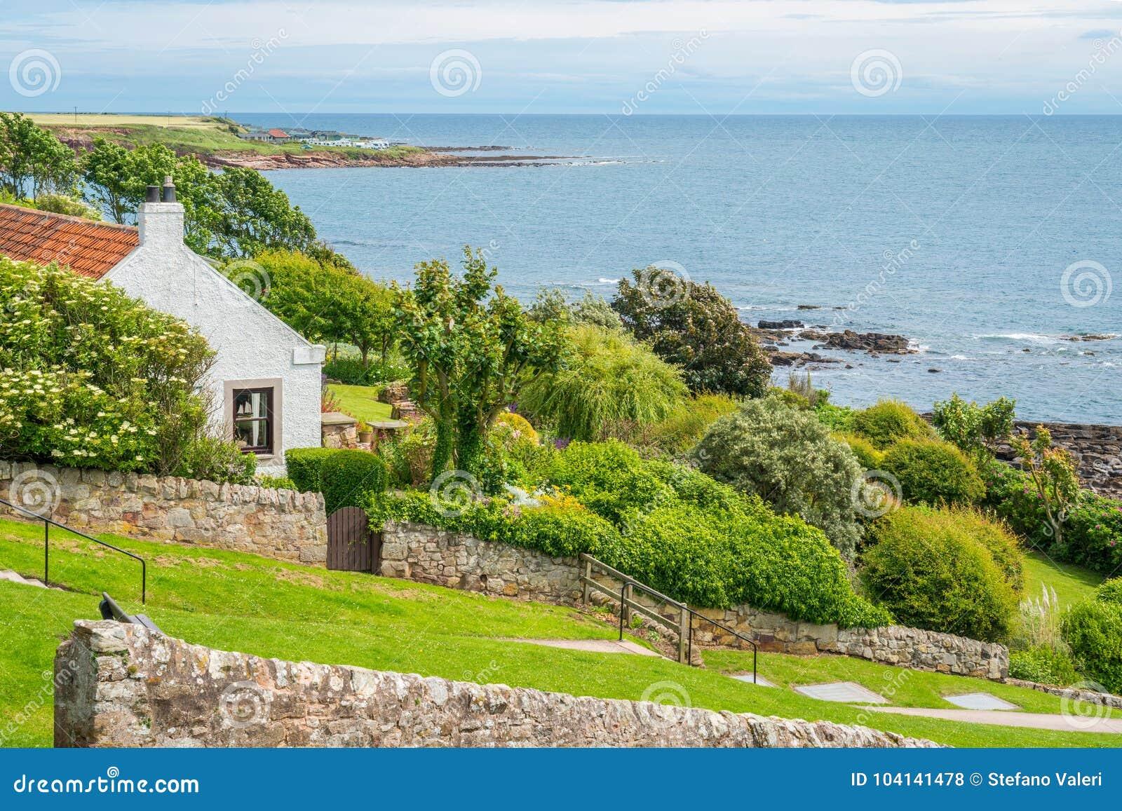Toneelgezicht in Crail, klein vissersdorp in Fife, Schotland