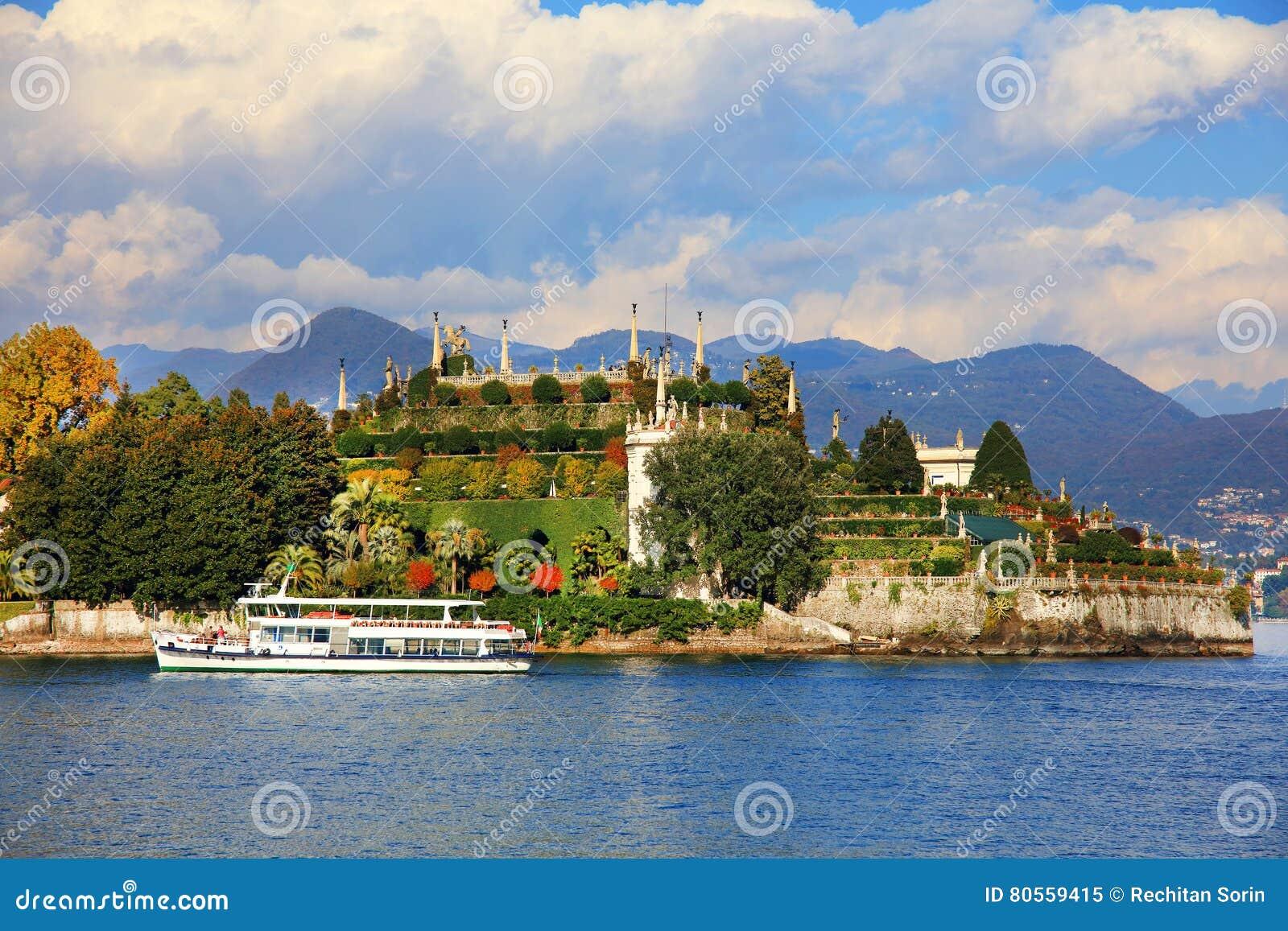 Toneelmening van Isola Bella, Lago Maggiore, Italië, Europa