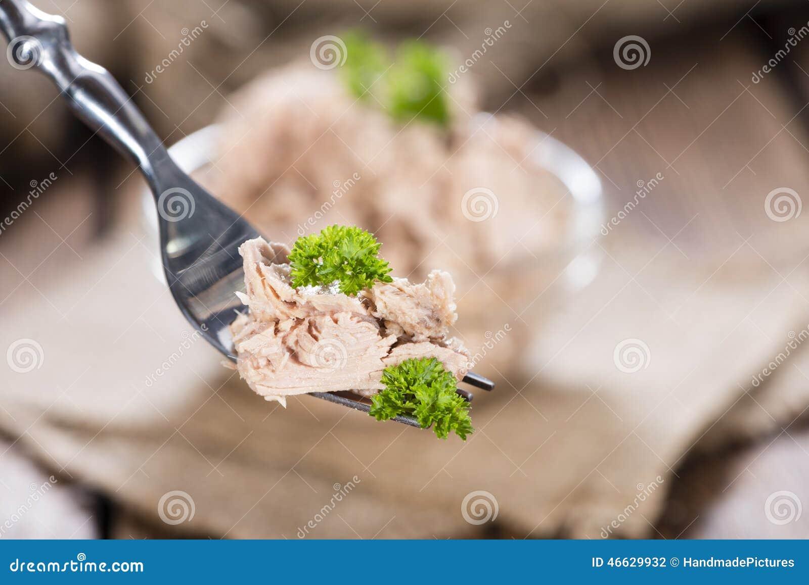Tonfisk på en gaffel