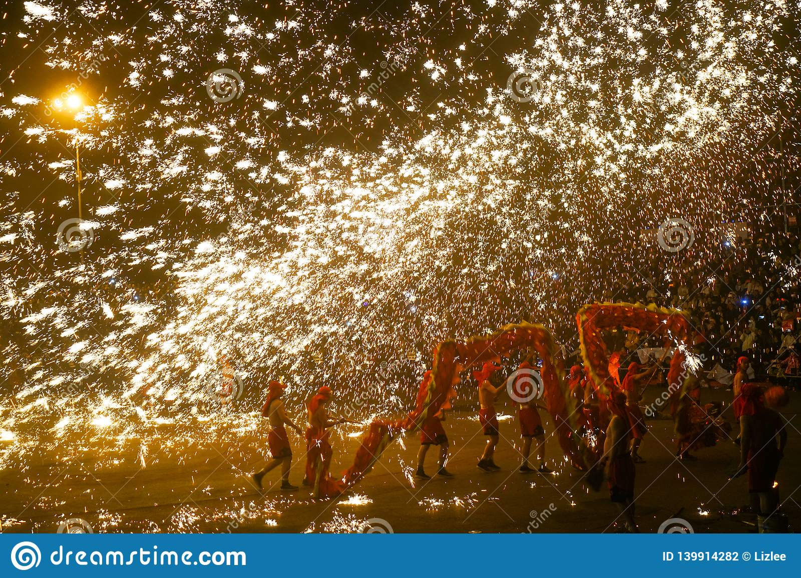Tongliang Fire Dragon to celebrate Chinese Spring Festiva
