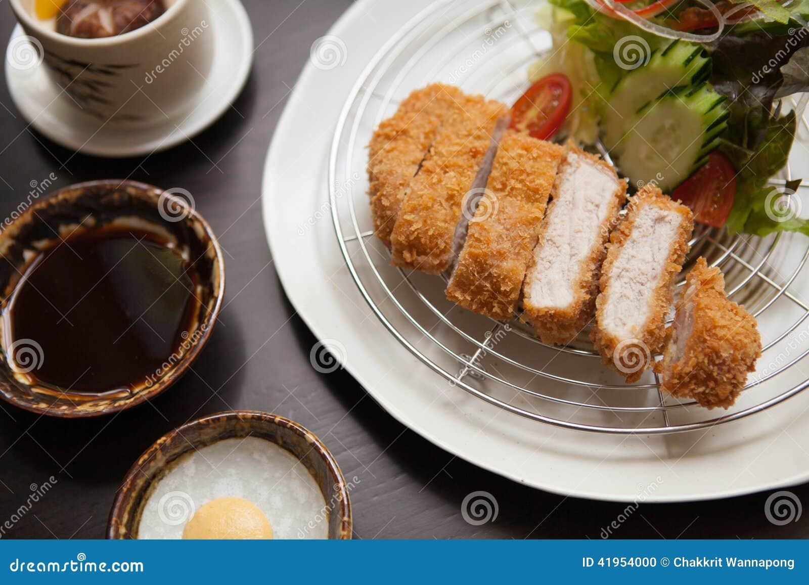 Tonkatsu, Japoński jedzenie satysfakcjonował po całym świat