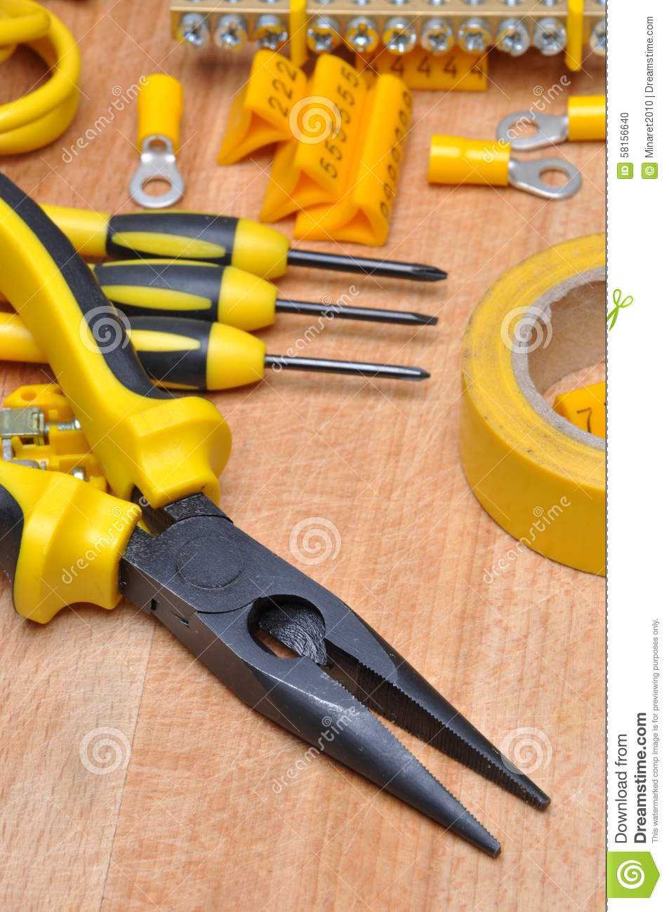 Tools and component for electrical installation
