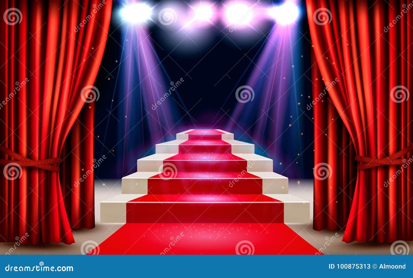 Toonzaal met rood tapijt die tot een podium en een schijnwerper leiden
