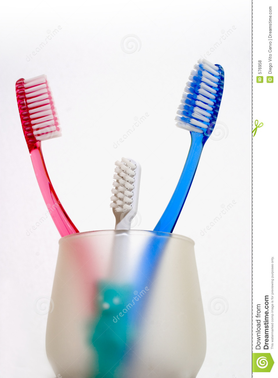Toothbrushes08