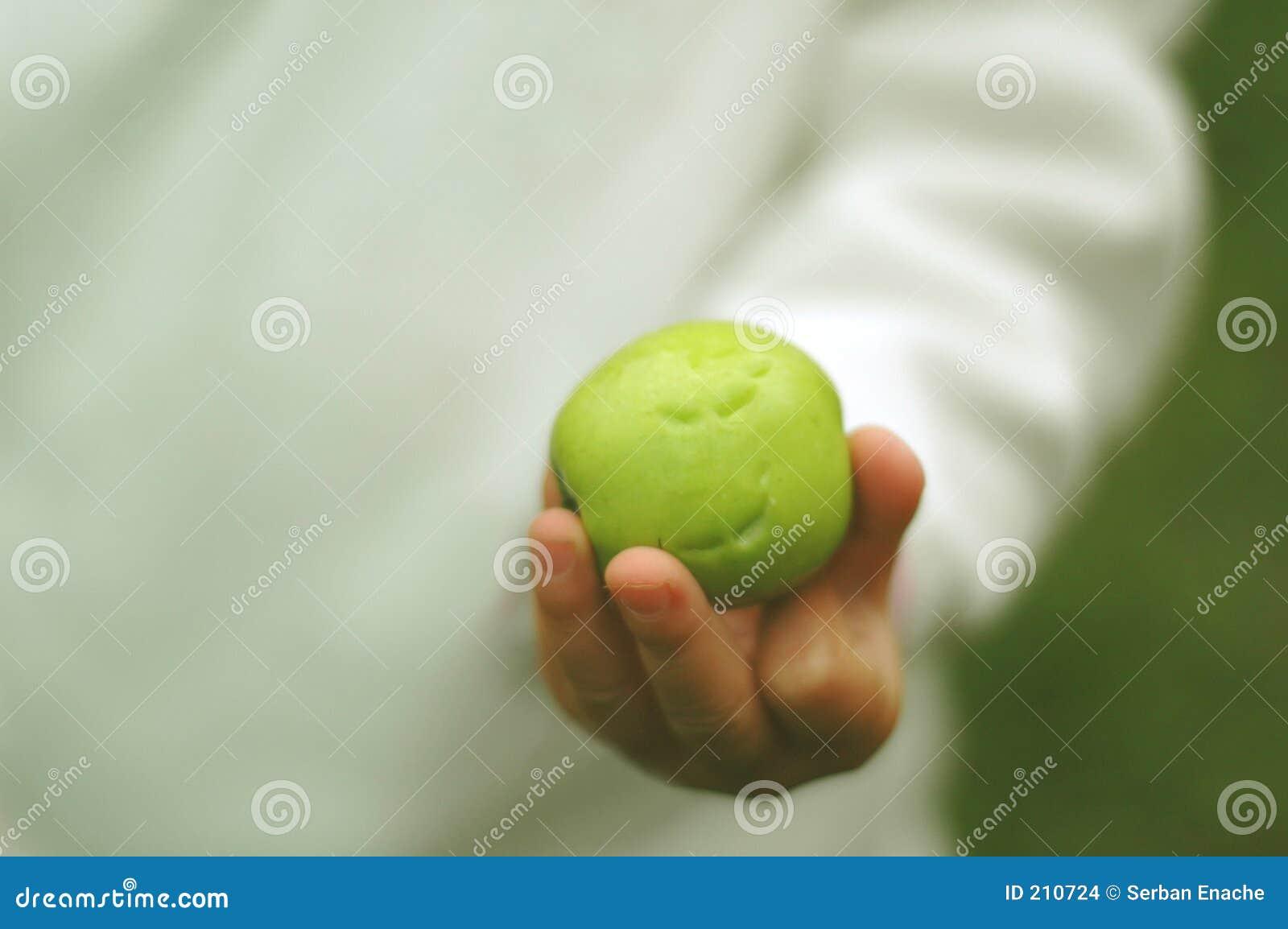 Toothmarks sulla mela verde