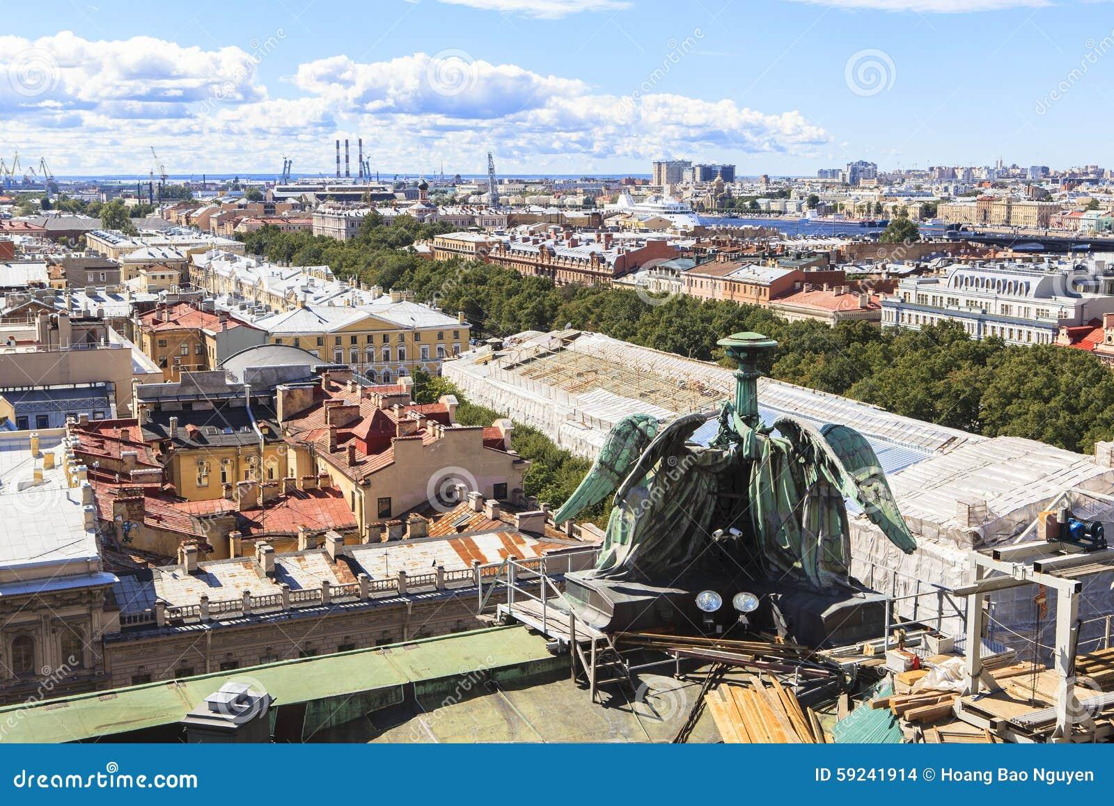 Download Top De La Catedral De Isaac Del Santo, St Petersburg Foto de archivo - Imagen de catedral, ciudad: 59241914