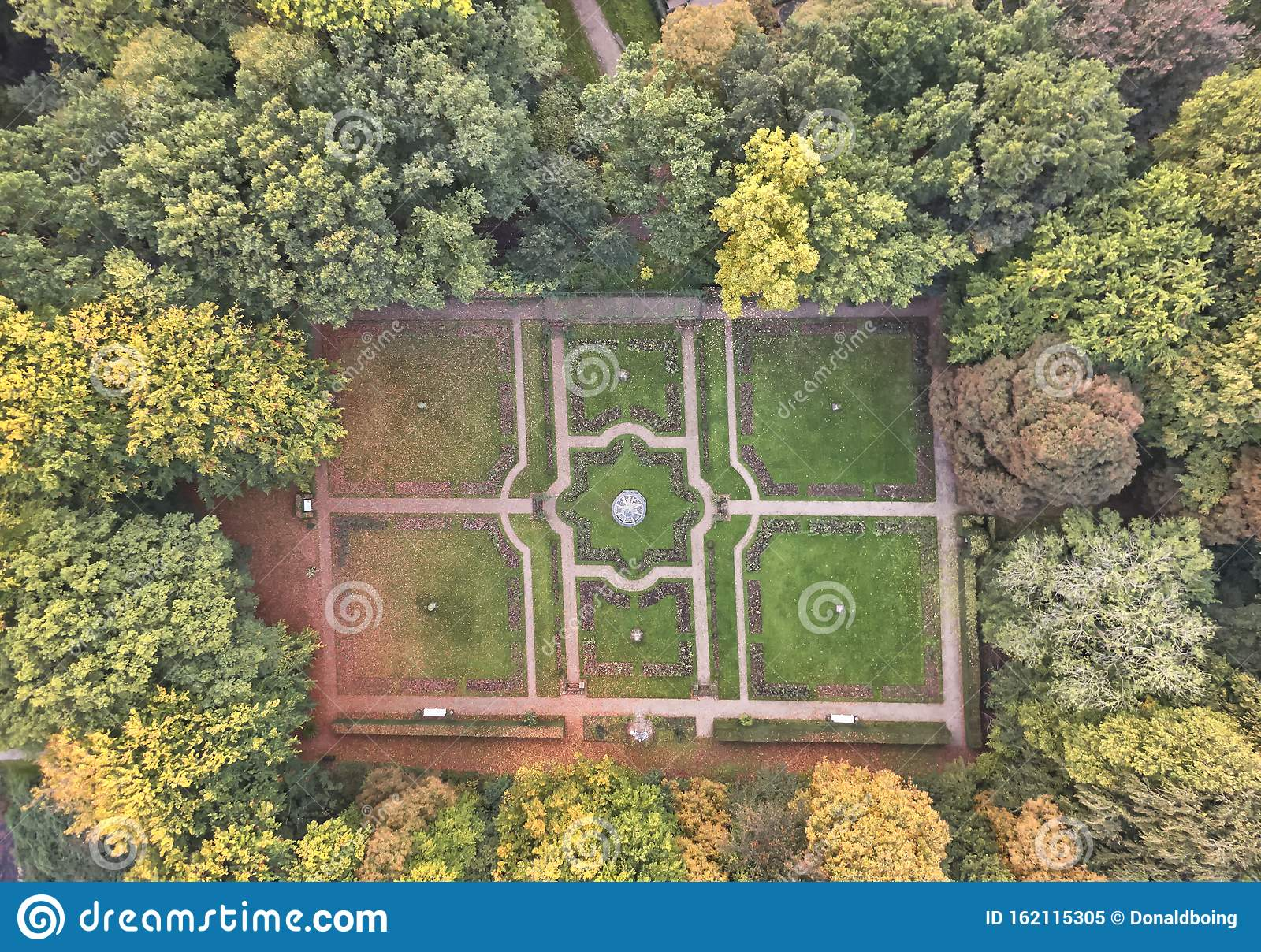 Top Down Aerial View Of Landscape Garden With Symmetrical Design And Shapes Stock Image Image Of Breukelen Foliage 162115305