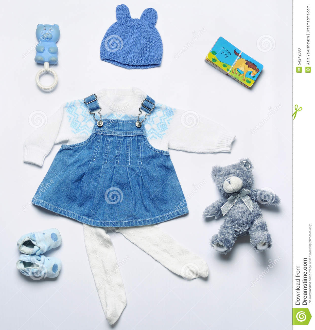 Shop our wide selection of baby girl boutique clothing from designer brands like haute baby and mud pie clothing! You will find all the newborn baby girl clothes & accessories you have been looking for like ruffled baby bloomers, pettiskirts, handmade baby headbands and mud pie baby .