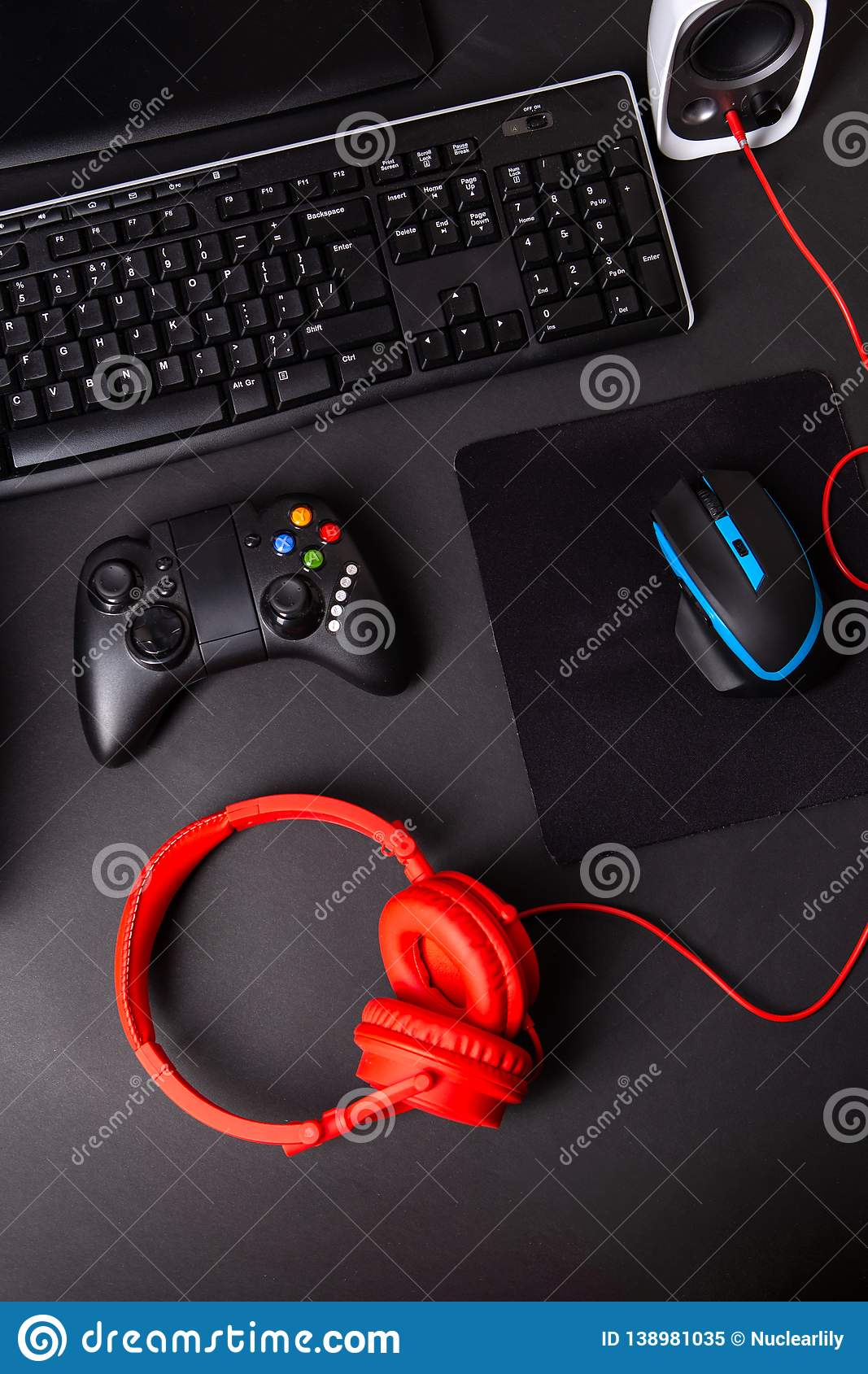 Top View A Gaming Gear, Mouse, Keyboard, Joystick, Headset, VR
