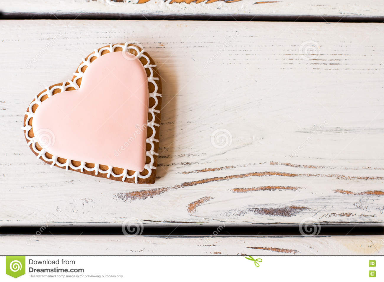 Top view of heart cookie.