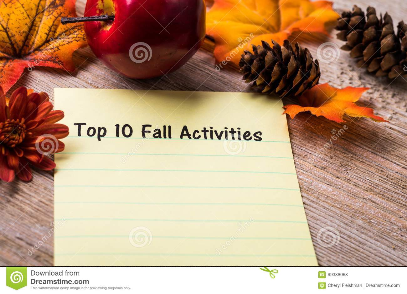 Topp 10 begrepp för nedgångaktivitetslista på anteckningsboken och träbräde