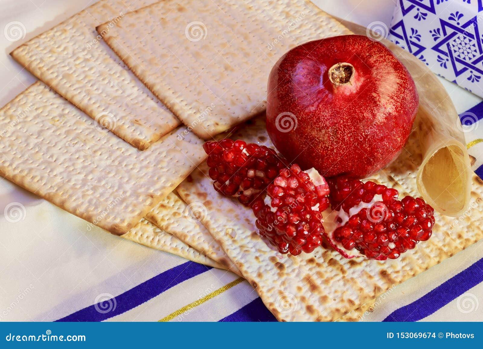 Torah jud?o del pan del passover del matzoh del d?a de fiesta del hashanah del rosh