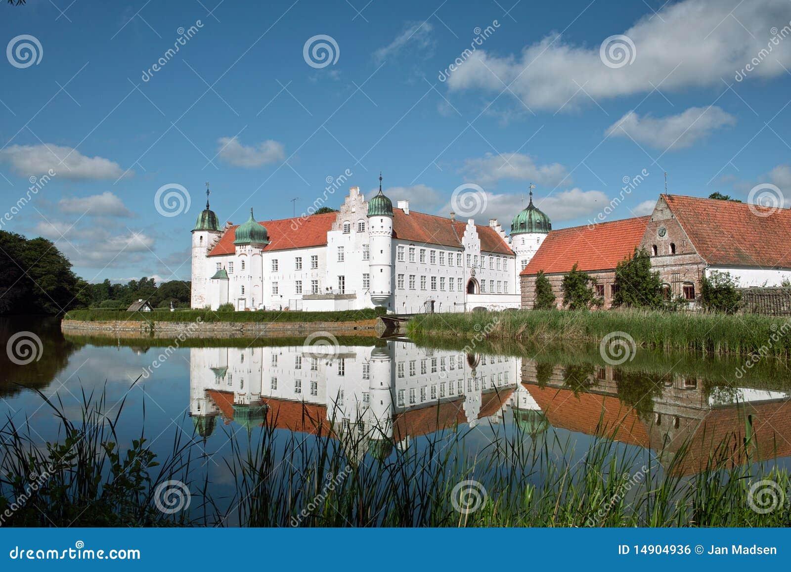 Torbenfeldt Palace