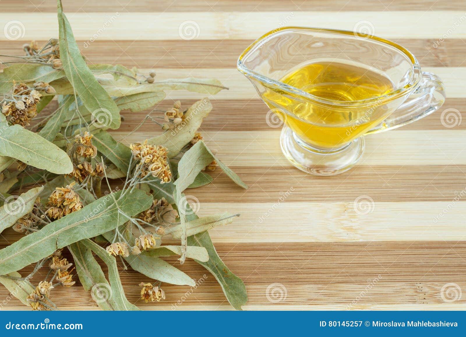 Torkad Limefruktblomning Och Honung För Att Förbereda Den Växt