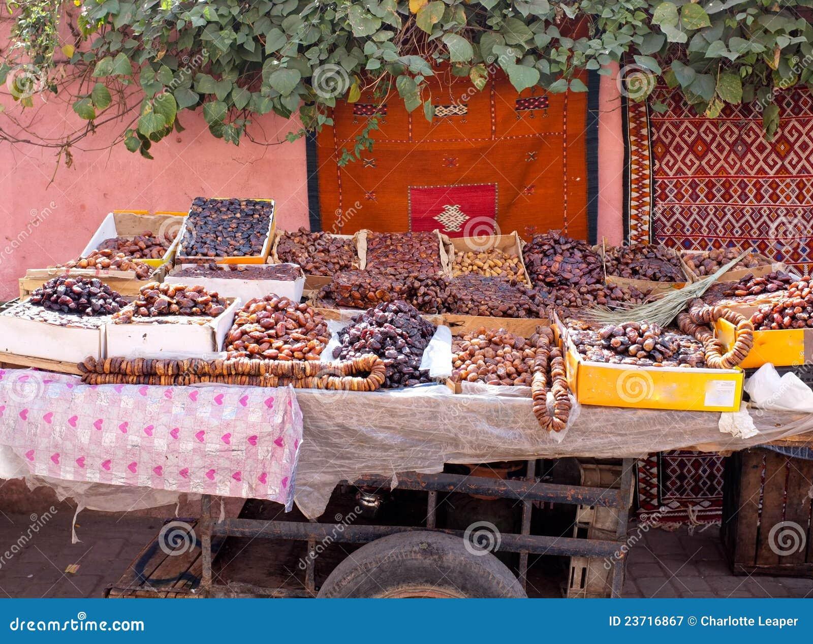 Torkat - fruktmorocco stall
