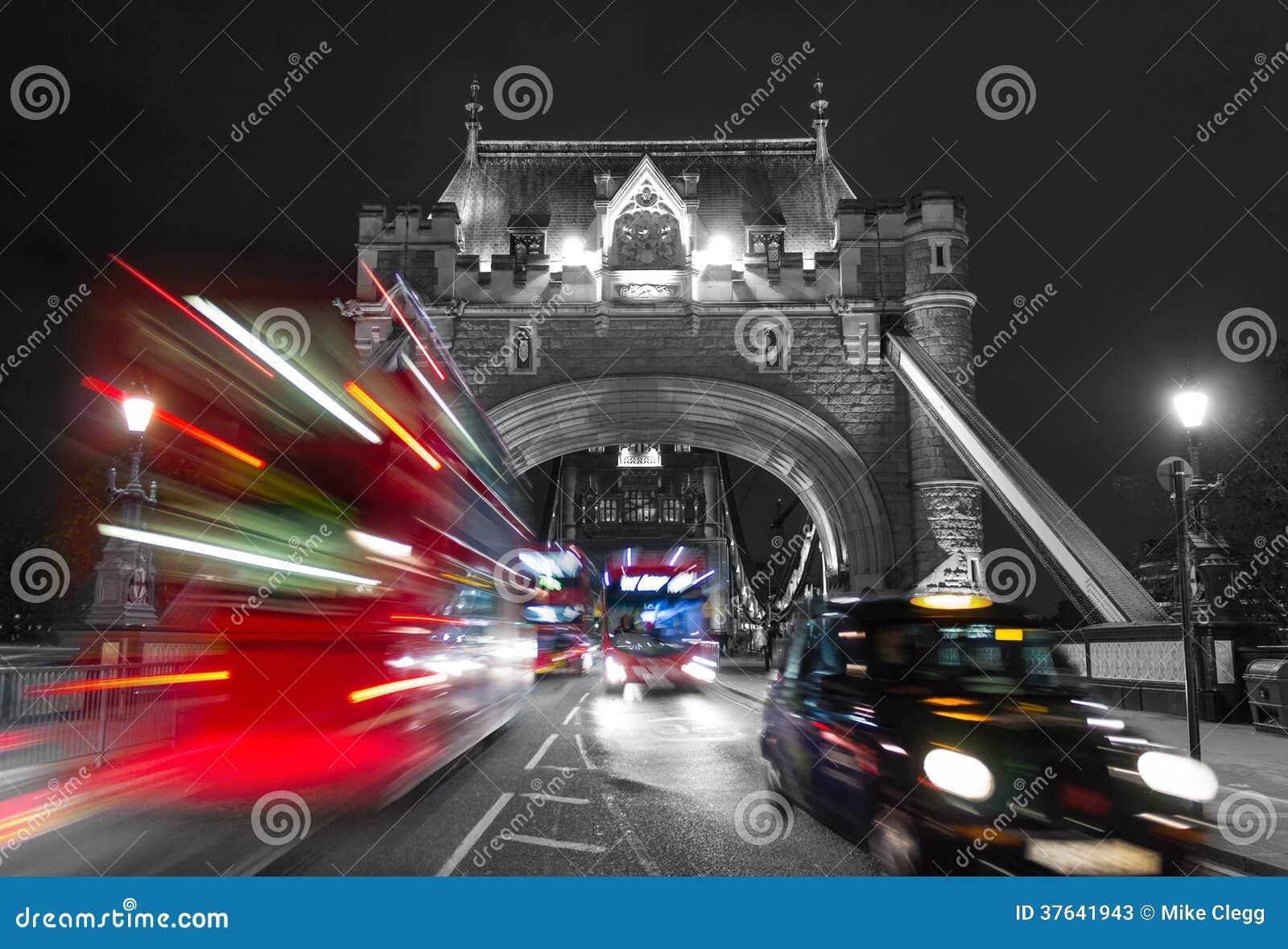 Tornbro och trafikfärgblandning